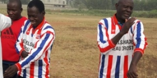 Soccer shirts for Benin youth