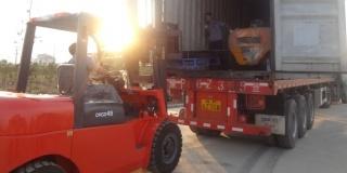 Trucks / fork lifts